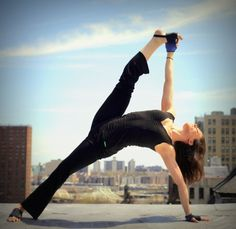 Yoga Paws: the best way to stabilize your foundation when doing yoga poses #yoga #yogapaws