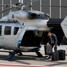 Affluent Aviation - The Eurocopter EC145 Mercedes-Benz Style Lets High-Flyers Live it Up (GALLERY)