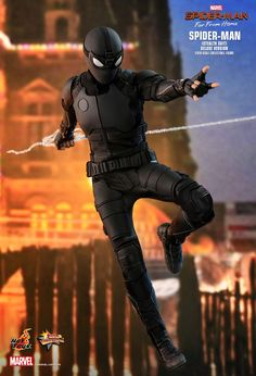 Hot Toys : Spider-Man: Far From Home - Spider-Man (Stealth Suit) (Deluxe Version) scale Collectible Figure Marvel Films, Marvel Characters, Marvel Dc, Marvel Comics, Mafex Spiderman, Amazing Spiderman, Cosplay, Mighty Power Rangers, Stealth Suit