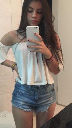 Karla Camila Cabello Estrabao, mais conhecida como Camila Cabello, é … # Fanfic # amreading # books # wattpad Spring Work Outfits, Trendy Summer Outfits, Short Outfits, Casual Outfits, Casual Summer, Mode Outfits, Girl Outfits, Fashion Outfits, Girl Photo Poses