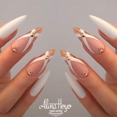 I'm doing these nails on my next appointment! By: @alinahoyonailartist White Nail Designs, Ugly Duckling, Nail Studio, Nails Inc, Glitter Nail Art, Stylish Nails, Beautiful Nail Art, Perfect Nails, Nail Trends