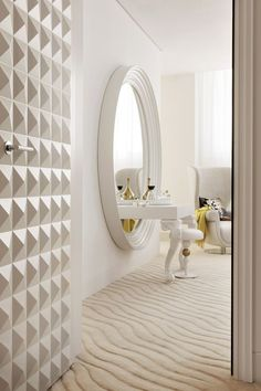 See Why Marcel Wanders Became A Top Worldwide Interior Designer. Dressing Table Design, Girl Bedroom Designs, Top Interior Designers, Luxurious Bedrooms, Bedroom Sets, Best Interior, Glam Room, Bedroom Furniture, Decoration