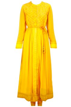 Yellow panelled floral embroidered kurta set available only at Pernia's Pop-Up Shop.