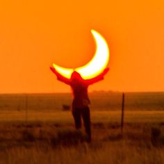 Once in a lifetime Annular Solar Eclipse during sunset in #NewMexico on May 20th, 2012. Tag someone you want to see a solar eclipse with !! Photo copyright Mike Theiss @ExtremeNature