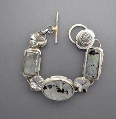 Corte+de+la+piedra+de+luna+y+cristales+en+bruto+por+Temi+en+Etsy