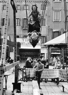 Gianni Berengo Gardin :: Giostre in campo Santa Margherita, Venezia, 1958