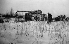 Tiger I together with a Panzer III N(?) in the snow winter 1942/1943 Leningrad sector