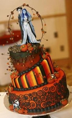 Wedding Cakes If you are planning a Halloween or a Goth-inspired wedding, this roundup will help you to decide on one of the most important things – your cake! A Hallowedding cake is often a real piece of confectionary art. Crazy Wedding Cakes, Unique Wedding Cakes, Unique Cakes, Creative Cakes, Wedding Favors, Wedding Ideas, Bolo Halloween, Halloween Wedding Cakes, Decorated Cookies