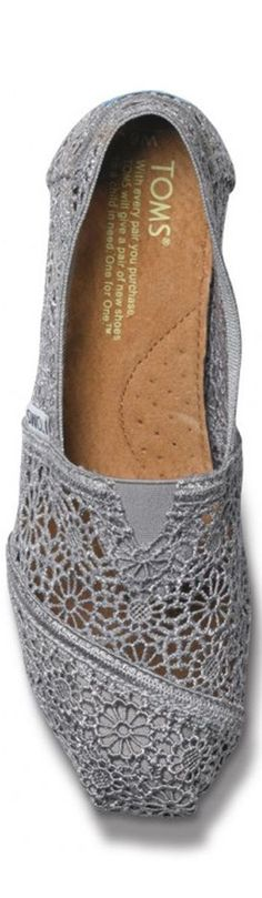 Toms Shoes Outlet! $27 OMG!! Holy cow, I'm gonna love this ...