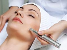Microneedling education is important to create transformative skin results. Training will treat acne scars, wrinkles, pigmentation on all skin types Microneedling For Acne Scars, Microneedling With Prp, Natural Facial, Natural Skin Care, What Is Micro Needling, Micro Needle Roller, Image Skincare, Anti Aging Treatments, Beleza