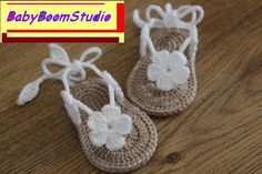 Baby flower sandals crochet style fashion by BabyBoomStudio on Etsy
