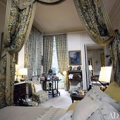 Madame Rothschild..English bedroom from Architectural Digest