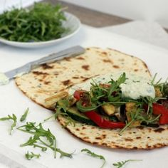 It is monday and here is your new Meat free Monday! These wraps are simple, taste like summer and delicious too! Don