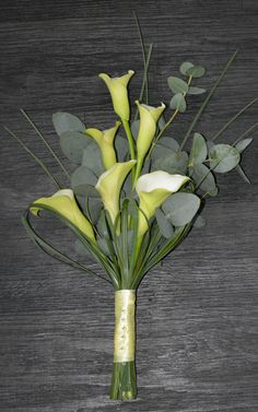 Crystal Blush Calla lily bouquet www.oopsiedaisyflowers.co.uk
