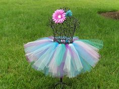 Make something kind of like this, but with ribbons too, to hold B's clippies and such...