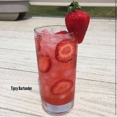 Pretty in Pink Cocktail - For more delicious recipes and drinks, visit us here: www.tipsybartender.com