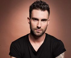 Adam Levine Men Casual Short Hairstyle 2014 25 Adam Levine Hairstyles Mens Hairstyles 2018 Adam Levine Hairstyle Adam Levine Sports Brand N. Adam Levine Movie, Adam Levine Style, Adam Levine Wife, Hair Styles 2014, Short Hair Styles, Adam Levine Haircut, Top Music Artists, Mens Hairstyles 2018, My Wife And Kids