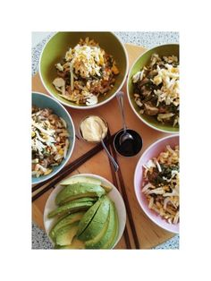 #Japan! No, #casa mia !!! #Oggi #insalata alternativa con #rebus. #ilovefamilytime #ilovecooking #homesweethome #istafood  #followme #avocado #instaphoto  #creativemamyfood  #thewomomsfoodrecipe  #km0 #cucinasana #bontà