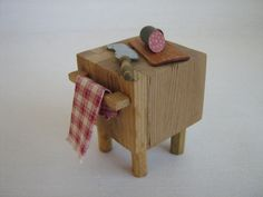 Miniature Chopping Block With Accessories in Half by TheToyBox