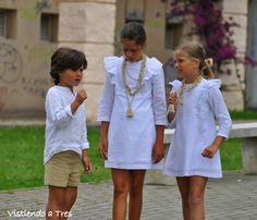 Vistiendo a tres. Vintage Kids Fashion, Little Girl Fashion, My Little Girl, Little Girl Dresses, Boy Fashion, Girls Dresses, Cool Kids Clothes, Cute Outfits For Kids, Les Enfants Sages