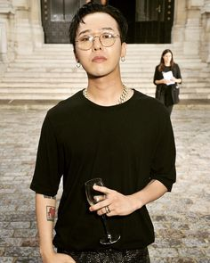 I Love this Pic of Jiyong so much