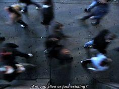 Ты живешь или просто существуешь? Sad pic