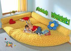 JARDIM DE INFÂNCIA  Canto Almofadões Combinação de almofadões A Haba Escolar Jardim de Infância  brinquedos