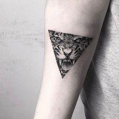 No photo description available. Tiger Tattoo Small, Jaguar Tattoo, Bullet Journal Key, Cat Tattoo, Pin Collection, Sleeve Tattoos, Cool Tattoos, Henna, Tatting