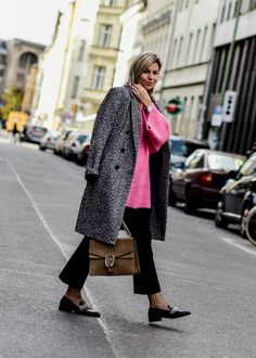 outfit-pinker-strickpullover-hm-trend-oversized-zara-loafer-strick-herbstlook-herbst-outfit-gucci-modeblog-fashionblog-berlin-fashionzauber