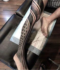 Search inspiration for a Geometric tattoo. Dreieckiges Tattoos, Line Tattoos, Foot Tattoos, Tribal Tattoos, Tattoos For Guys, Sleeve Tattoos, Hexagon Tattoo, Mandala Tattoo, Black Tattoo Art