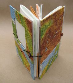 Useful Books Handmade Journals and Blank Books: The Amazing Versatile Expandable Travel Journal