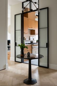 Kitchen World, Loft Spaces, Small Spaces, Architectural Digest, Contemporary Interior, Interior Design Kitchen, Bedroom Wall, House Styles, West Village