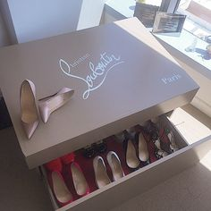 My @sneakerboxkings custom shoe box came in! Fits 12 of my heels..Thank you @stacks5thavenue xoxo