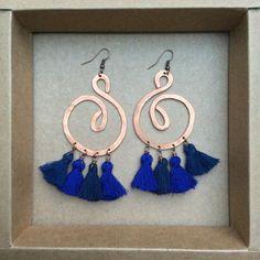 ramini, orecchini fatti a mano in rame battuto. blu blue www.raminishop.com boho bohochic