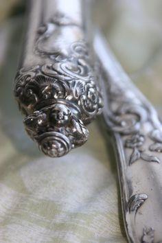 Le Petit Cabinet antique silver