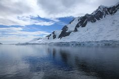 Pléneau_Bay,_Antarctica_Mountains_and_Ice_(6059387470).jpg (5616×3744)