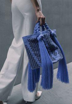 Sophie Anderson, Sac Week End, Sacs Design, Fashion Bags, Womens Fashion, Fabric Bags, Summer Bags, Handmade Bags, Beautiful Bags