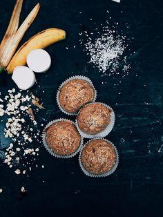 Bananmuffins, ett grymt mellanmål att ta med utflykten eller för skidbacken. Outdoor Cooking, Baked Goods, Muffins, Snacks, Baking, Food Portions, God, Muffin, Appetizers