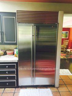 SUB ZERO Refrigerator condenser cleaning and maintenance #subzerowolf #subzerorepair #subzeroservice #subzerorefrigerator