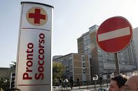 Verosimilmente Vero: MALASANITA' ALL'ITALIANA. 27 ORE DI ATTESA IN BARE...