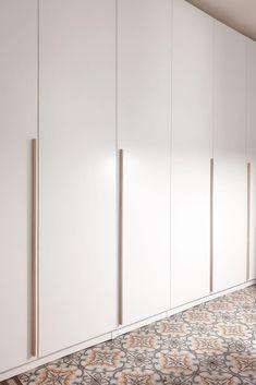 Home Decoration Cheap Ideas Ikea Pax Doors, Bedroom Closet Doors, Wardrobe Room, Wardrobe Design Bedroom, Home Bedroom, Wardrobe Door Designs, Closet Designs, Store Concept, Walk In Closet Design