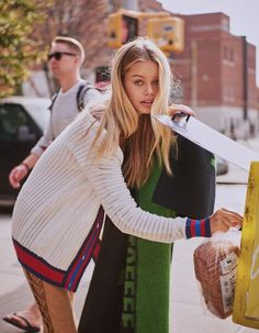 Frida Aasen | Street Style Fashion Editorial | ELLE China
