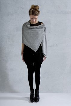 Coisa Fine Silver, angora and merino wool  1 product, 7 different ways of wearing it. via www.coisa.nl