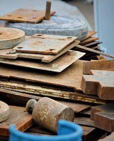 Ümrani̇ye Hurdacı Texture, Wood, Crafts, Surface Finish, Manualidades, Woodwind Instrument, Timber Wood, Trees, Handmade Crafts