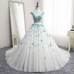 Cheap vestido de noiva, Buy Quality vestido de noiva plus directly from China de noiva Suppliers: Melice New Arrival Appliques Flowers Ball Gown Wedding Dress 2017 O-neck Beaded Pearls Wedding Gown Vestido de Noiva Plus Size Cute Prom Dresses, Ball Dresses, Elegant Dresses, Pretty Dresses, Beautiful Dresses, Ball Gowns, Evening Dresses, Wedding Dresses, Lace Wedding