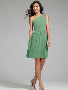 Bridesmaid Dress | 7243S Alfred Angelo Clover Green