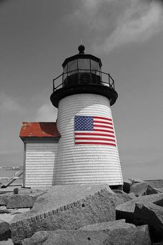american flag art Nantucket Lighthouse American Flag Photography Brant Point Lighthouse with the American Flag Proudly displayed Sizes: or Finishes available: Glossy or Lu Beach Cottage Style, Beach Cottage Decor, American Flag Photography, Brant Point Lighthouse, American Flag Art, American Pride, Hot Dog Bar, Lighthouse Pictures, I Love America