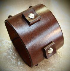 Läder manschetten Bästa kvalitet Brown Depp av MataraCustomLeather