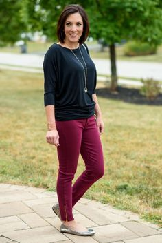 September 2016 Fall Stitch Fix Review featuring 41Hawthorn Queensland Dolman Jersey Top with the Pistola Caterina Frayed Hem Ankle Zip Skinny Jeans -- Love this outfit!  So cute for fall!