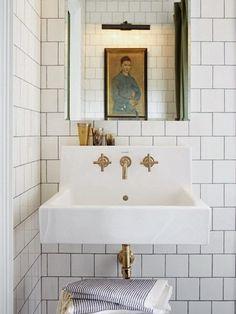 brass fixtures and subway tiles. – brass fixtures … brass fixtures and subway tiles. – brass fixtures and subway tiles. Bathroom Renos, Bathroom Interior, Modern Bathroom, Master Bathroom, Bathroom Ideas, Family Bathroom, Marble Bathrooms, Small Bathrooms, Gold Bathroom